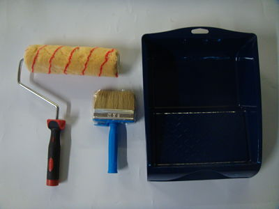 Paint tray, roller handle and brush set-image not found